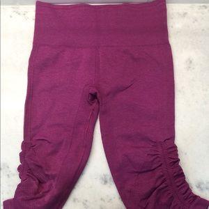 Women's Lululemon In The Flow Crop Ii Size 2 Pink.